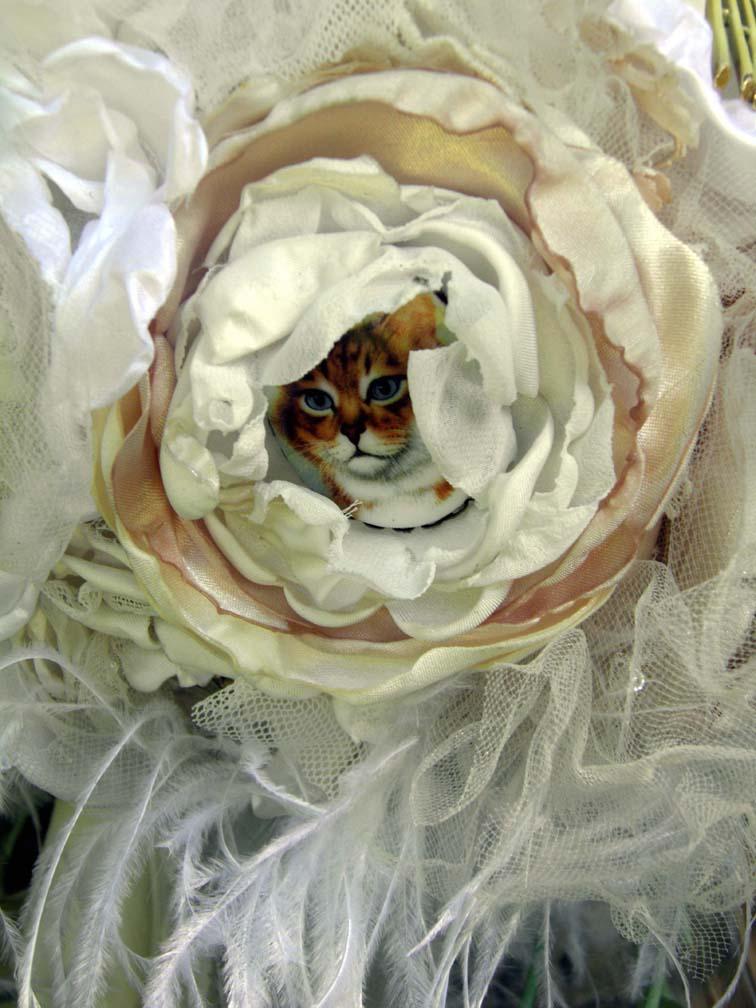 Copy of Violets Bouquet Cat Brooch_72